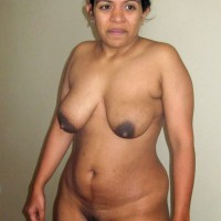 Big Boobs Indian Aunty Naked Bathing Photos 4 683x1024.th Horny Desi bhabhi with big hanging boobs & hairy pussy bathing