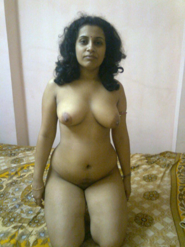 Kerala Girl Showing Breasts In Library