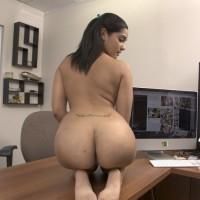 Indian High Class Escort Girl Nude Photos 4.th Beautiful Indian Secretary Nude In Office Exposing Big Ass & pussy