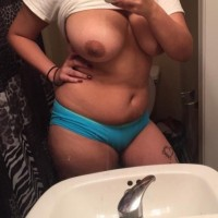 Big Boobs Sexy Desi Girl Topless Nude Pics 1.th Big boobs desi girl nude selfies really hot