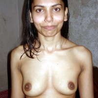 201010290903D.th Indian wife stripped naked exposing boobs and old pussy