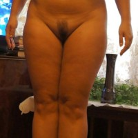 Nude Bhabhi Posing Big Boobs and Trimmed Pussy 2.th Indian aunty with amazing figure nude showing huge ass and boobs