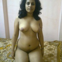 Big Tits Indian Bhabhi Topless Pics 1.th Indian housewife nude at home exposing big boobs to hubby