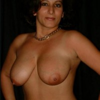 Pakistani Bhabhi Nude Showing Boobs Pussy Pics 4.th Hot muslim aunty nude big boobs and shaved pussy show photos
