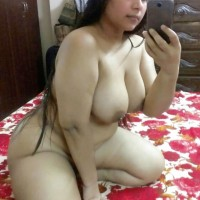 Big Breast Hot Indian Bhabhi Nude Pics 3.th Super sexy big boobs and ass selfies of indian bhabhi nude