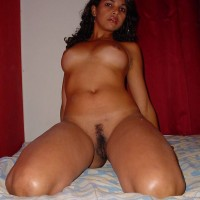 Punjabi Bhabhi Showing Her Boobs and Pussy Pics 5.th Nude indian girl exposing her shaved pussy and boobs photos