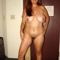 Big Boobs Hot Indian Bhabhi Nude Photos 4.th Big boobs desi bhabhi nude in bedroom teasing lover