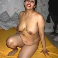 Big Boobs Hot Indian Bhabhi Nude Photos 8.th Hot indian bhabhis nude posing big boobs and pussy fake