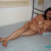 be94c0159371366.th Horny indian bhabhi nude seducing guy with big ass and boobs