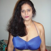 d83b12159371498.th Horny indian bhabhi nude seducing guy with big ass and boobs
