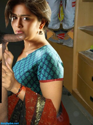 telugu-actress-avika-gor-pussy-girl-nude-playing-world-of-warcraft