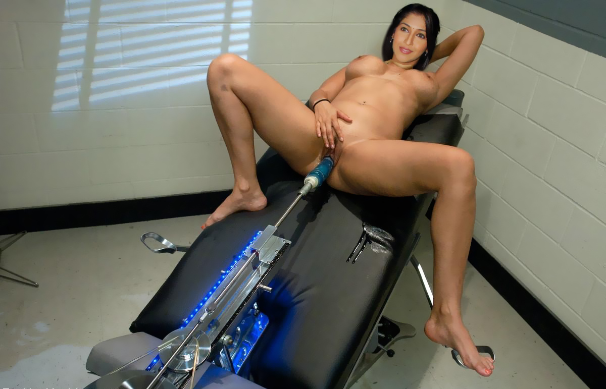 Sex Machine Forcing Moan