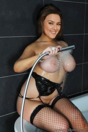 hot women fuck nude