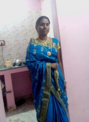 Tamil-Housewife-Nude-Teasing-Husband-Before-Sex-_001.md.jpg