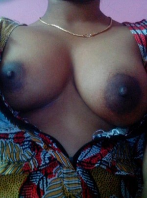 Tamil-Housewife-Nude-Teasing-Husband-Before-Sex-_004.jpg