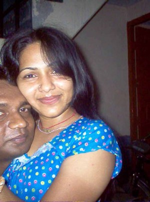 Indian-Wife-Nude-Affair-With-Driver-Leaked-Photos.md.jpg