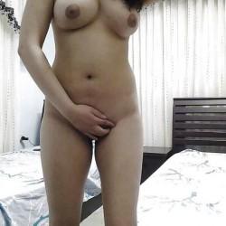 Stunning-Shimla-Girl-Nude-At-Home-Teasing-Bf_001