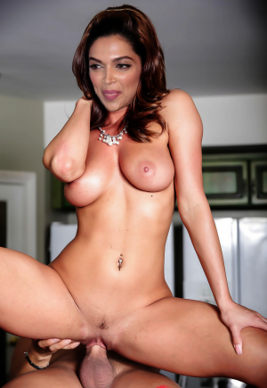 Sex picture Deepika
