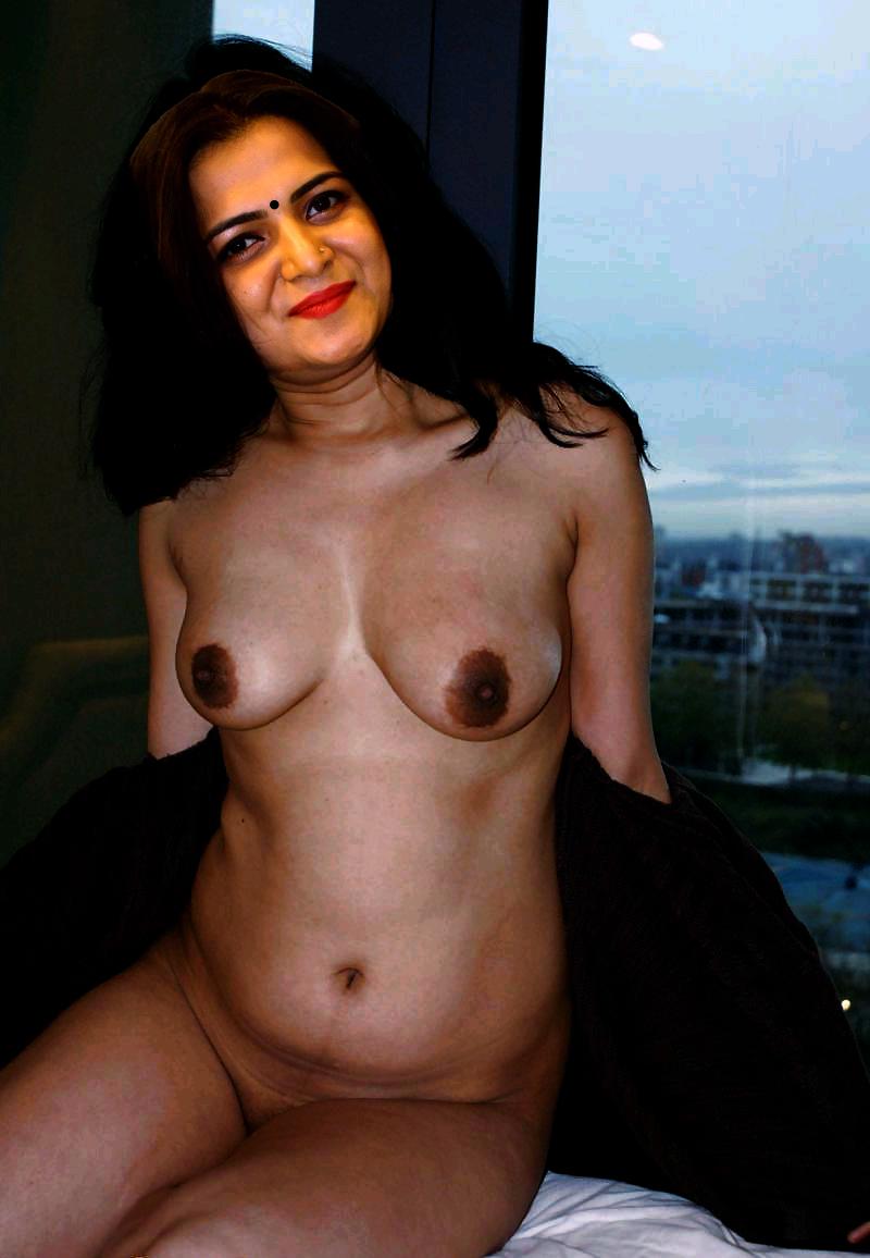 feetfetish-lindsey-junior-actress-nude-tamil-sex