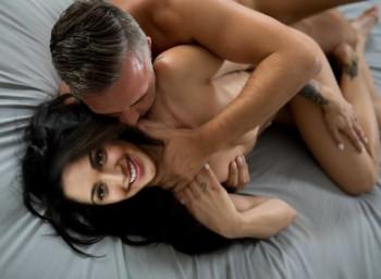 [Image: Kiara-Advani-Nude-Fucking-boobs-pussy-as...b-8.md.jpg]