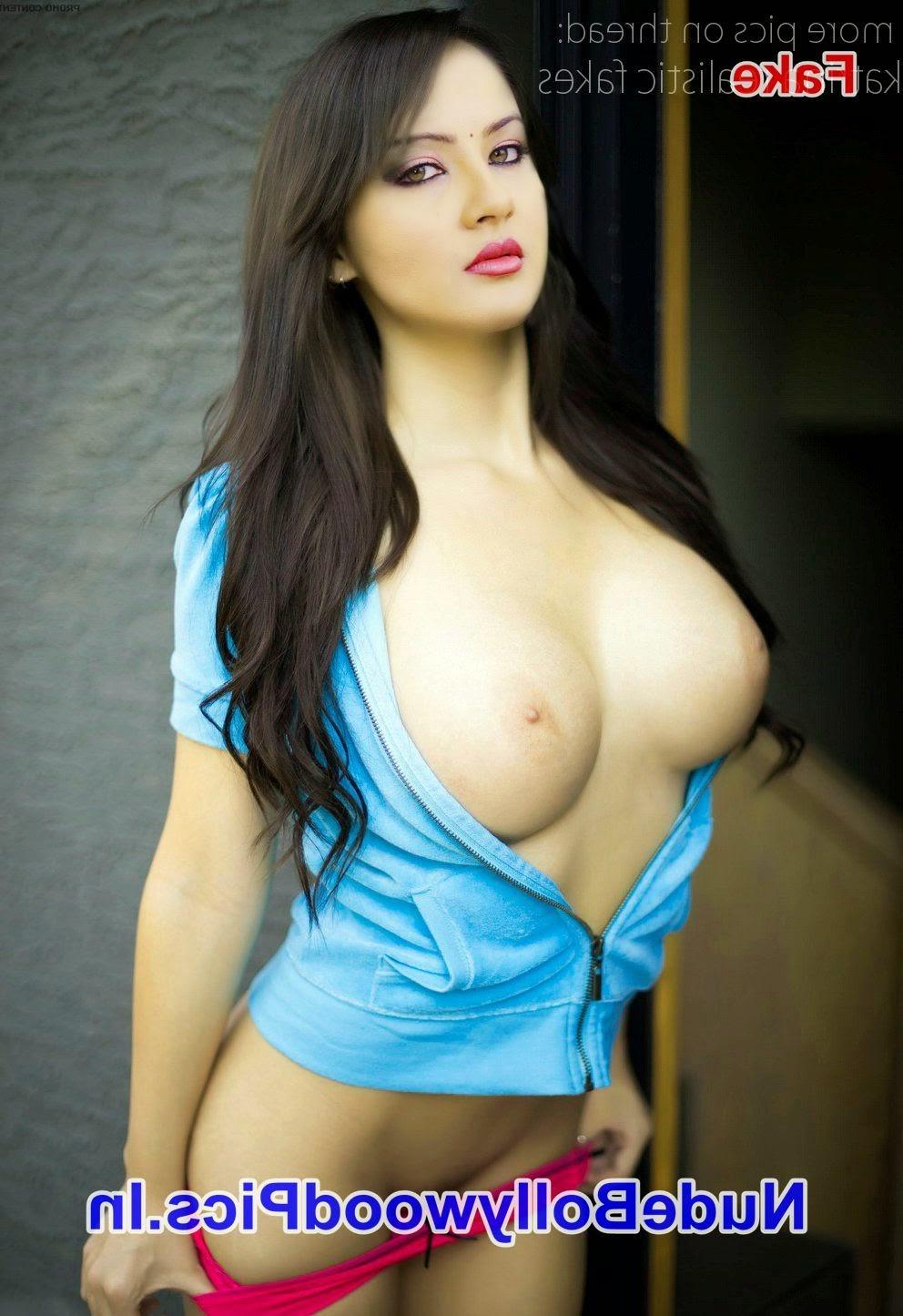 Elli Avram Nude