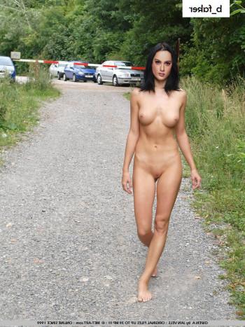 [Image: naked-Kangana-Ranaut-xxx-2.md.jpg]