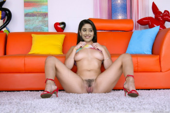 [Image: Shivangi-Joshi-nude-13.md.jpg]