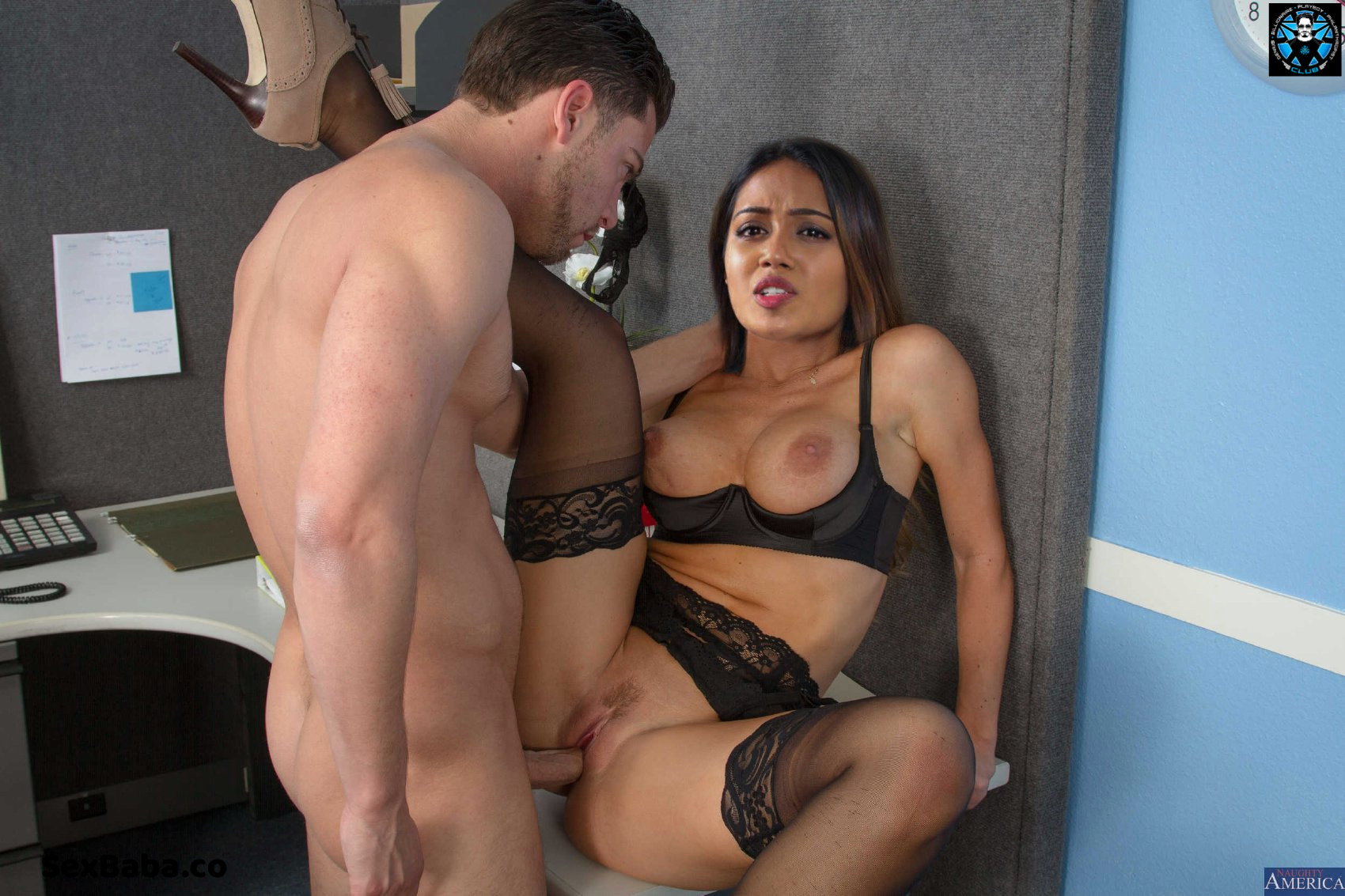 Sexy hot photo song of nivetha pethuraj