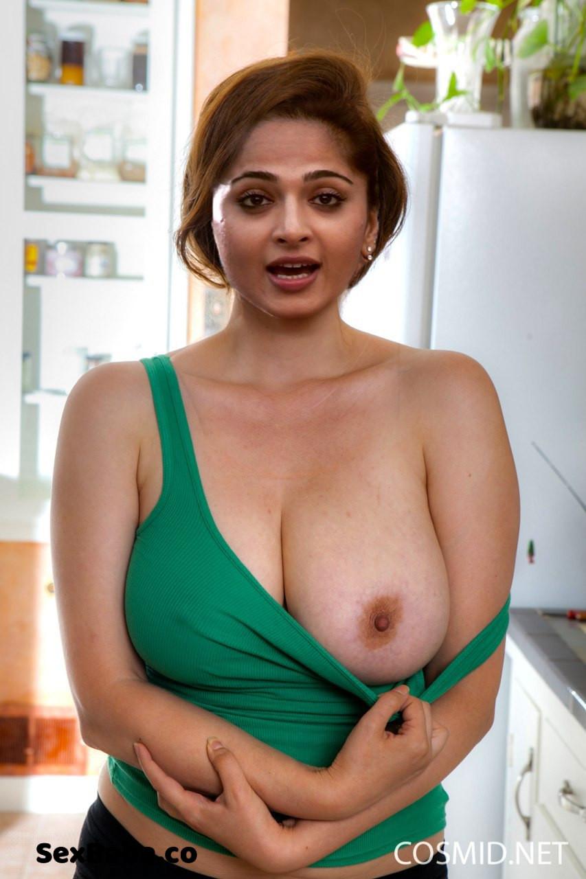 [Image: anushka-shetty-2.jpg]