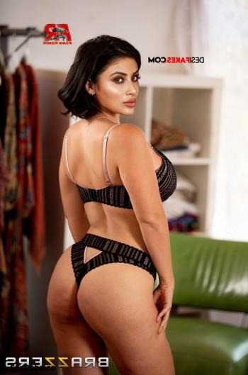 [Image: Mouni-roy-nude-fakes-33.md.jpg]