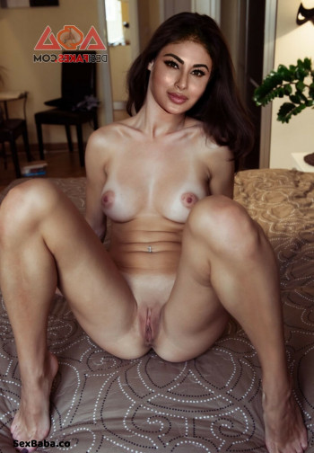 [Image: Mouni-roy-nude-fakes-4.md.jpg]