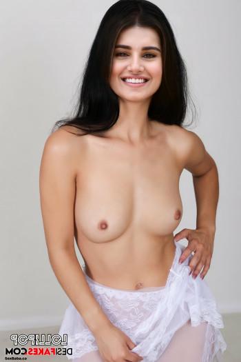 [Image: Tara-Sutaria-Nude-Fakes-25.md.jpg]