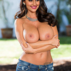 Sonakshi-sinha-Nude-Fakes-21