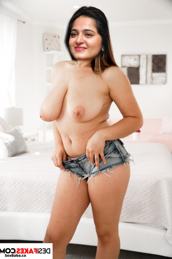 Anushka-Shetty-Nude-Fakes-11.jpg
