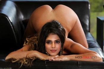 [Image: Malavika-Mohanan-nude-fakes-6.md.png]