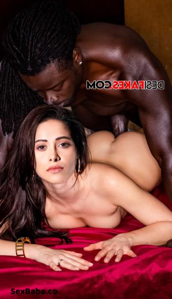 [Image: Nushrat-Bharucha-Nude-Fakes-13.md.jpg]