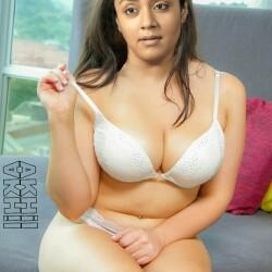 Jyothika-nude-boobs-xxx