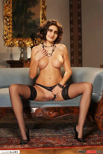 [Image: Fatima-Sana-Shaikh-Nude-Fakes-27.md.jpg]