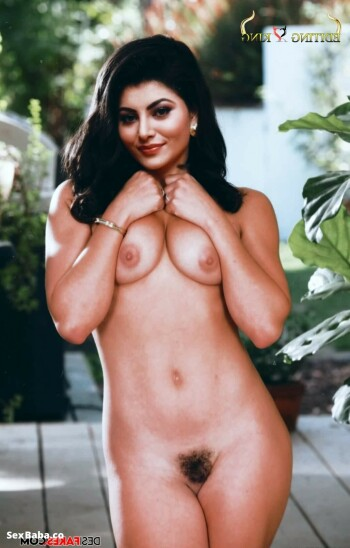 Urvashi-Rautela-Nude-Fakes-8.jpg